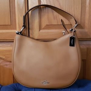 COACH F54446 Nomad Glovetanned Smooth Leather Hobo